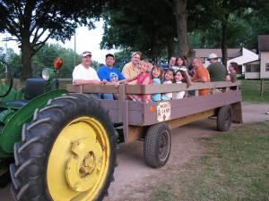 hay-rides-warner-camp
